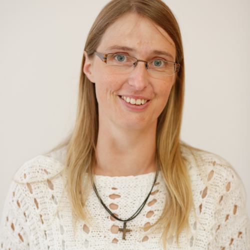 Claudia Niermann